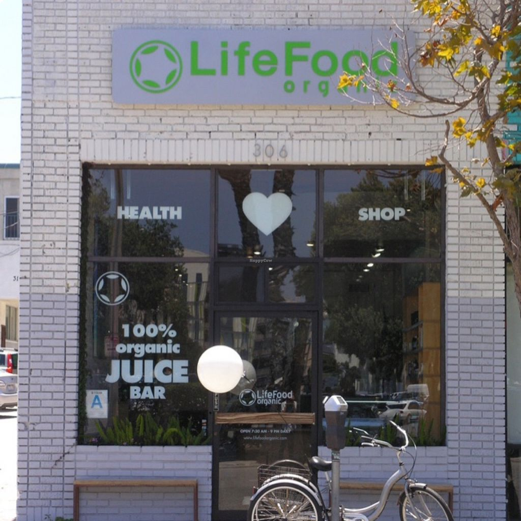LifeFood Organic 2nd location opens in Santa Monica, California